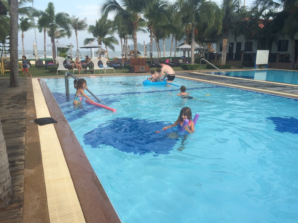 Thailand with Kids: Dolphin Bay Resort, Sam Roi Yot